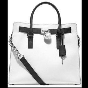 Michael Kors Hamilton Bag White/black